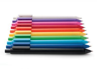 Plastikiniai tušinukai. Ryškios spalvos.